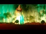 Танец на Говардхана Пуджу. Танцует прабху!